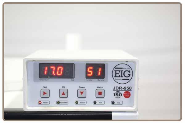 کنترلر جوجه کشی بسیار هوشمند دستگاه جوجه کشی 64 تایی شترمرغ