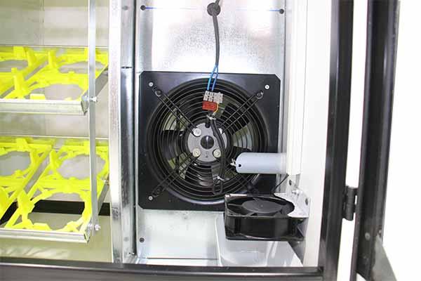 تهویه اصولی و مهندسی شده دستگاه جوجه کشی شترمرغی 16 تایی هواباتور